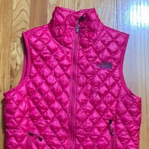 The North Face Thermoball Fuschia Vest. Size XS